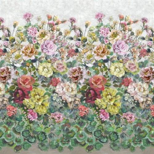 Grandiflora Rose Dusk is een prachtig bloemenbehang van Designers Guild