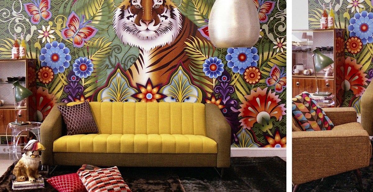 de nieuwe dyker 50 new vintage bank in de showroom van dutch seating company#new vintage#maatwerk#made in holland#dyker#dutch seating company