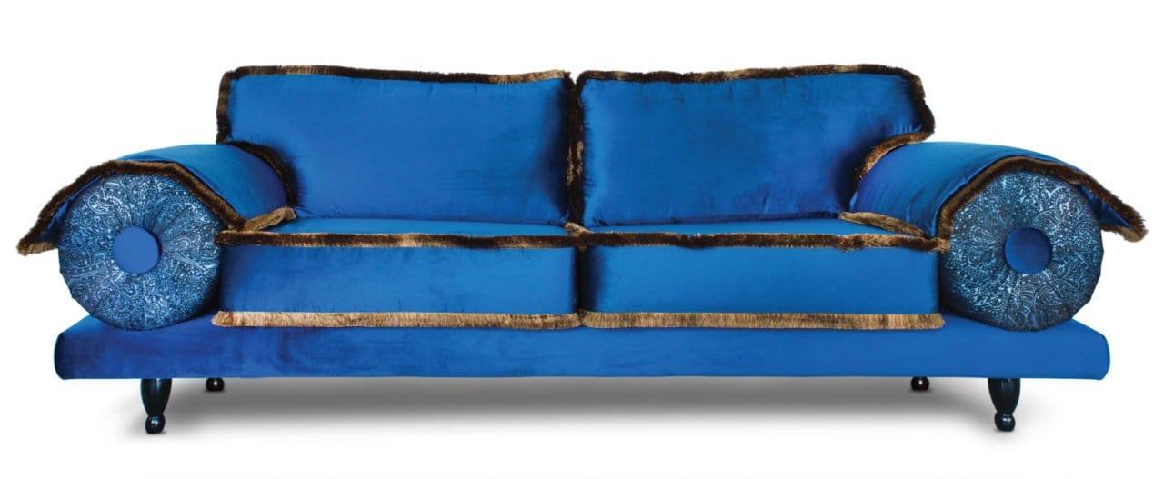 de casablanca in een avant garde achtige uitvoering met veel velours en borstel franje#maatwerk#casablanca#casablanca bank#dutch seating company
