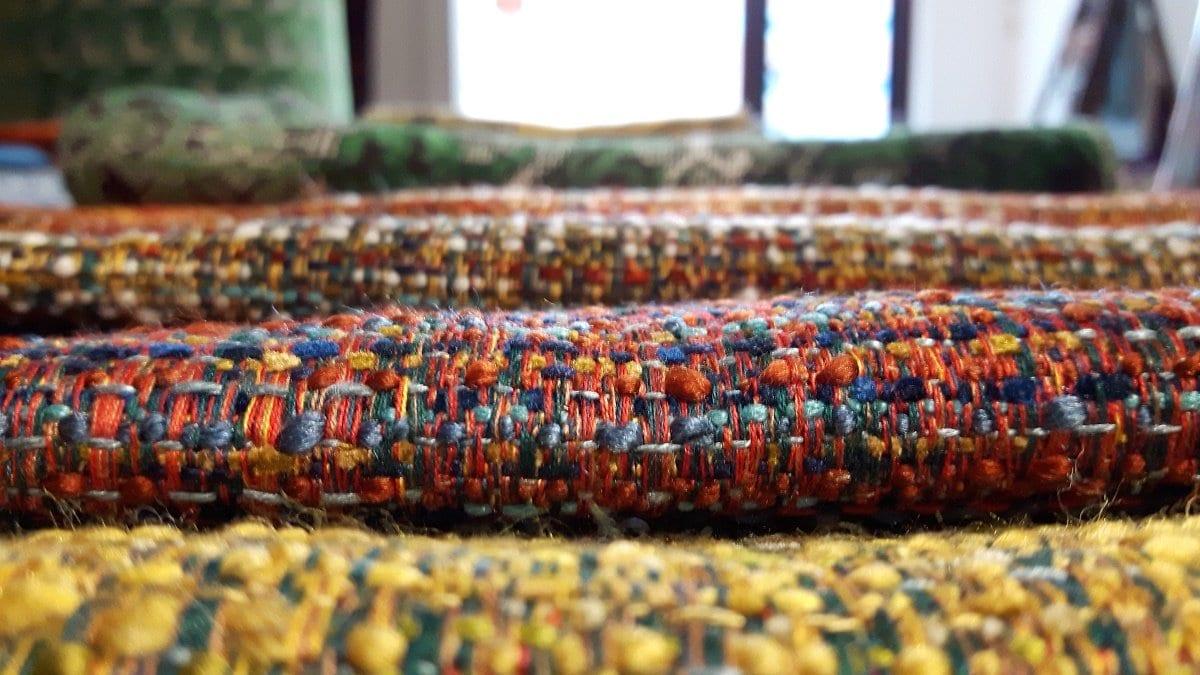 prachtige kleurrijke, warm aanvoelende en textuurrijke stoffen van dutch seating company#textuurrijk#kleurrijk#dutch seating company#warm aanvoelende stoffen