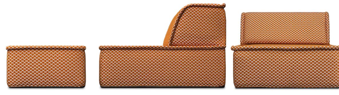 in ee nhandomdraai van fauteuil naar bed maakt de casablanca daybed zeer geschikt voor kleine ruimtes#casablanca bank#casablanca daybed#ideaal voor kleine ruimtes#bed#made in holland