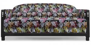 de art deco bank rooker 03 in een bijzonder kleurrijke en decorative stof van designers guild#decoratieve stof #kleurrijke stof #art deco bank #rooker #rookstoel