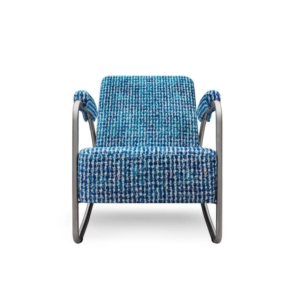 Eigentijdse blauwe fauteuil Dyker 20 in de stof Reticello cobalt