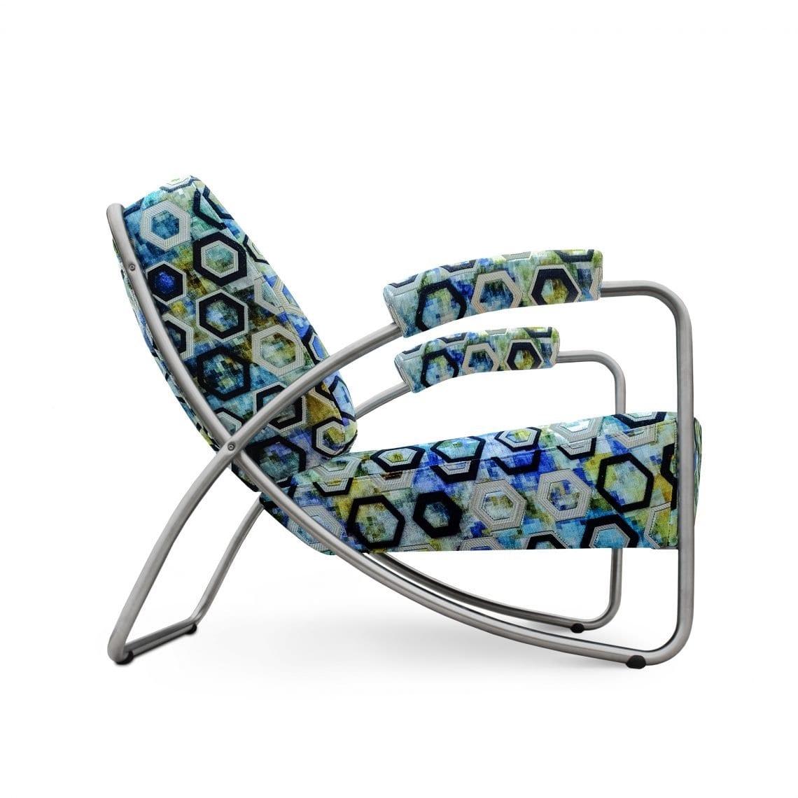 De ruimtelijke Dyker 20 in de geometrische stof van Designers Guild -> Sukhna cobalt