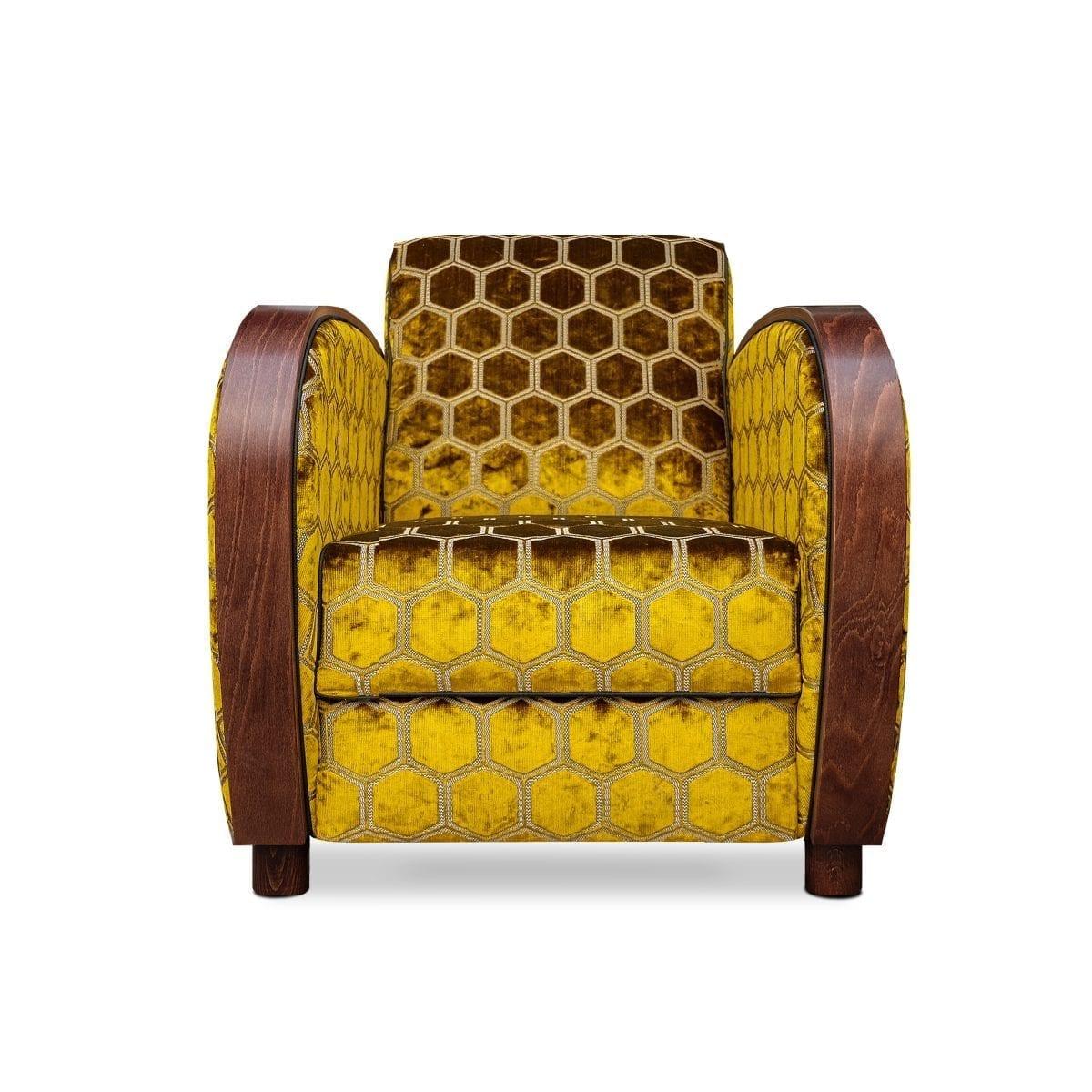 De rooker 02 fauteuil met de stof Manipur ochre van Designers Guild