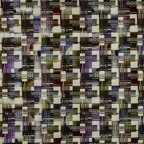 Grafische gelaagde meubelstof Chandigarh berry van Designers Guild