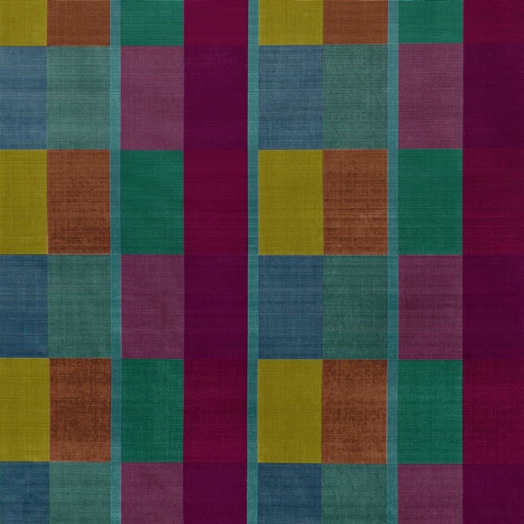 Verbluffende gekleurde meubelstof Sarang fuchsia van Designers Guild