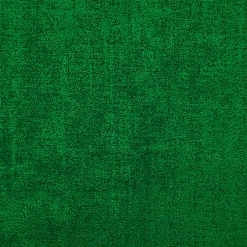 De veelzijdige meubelstof Ampara emerald in de kleur bosgroen