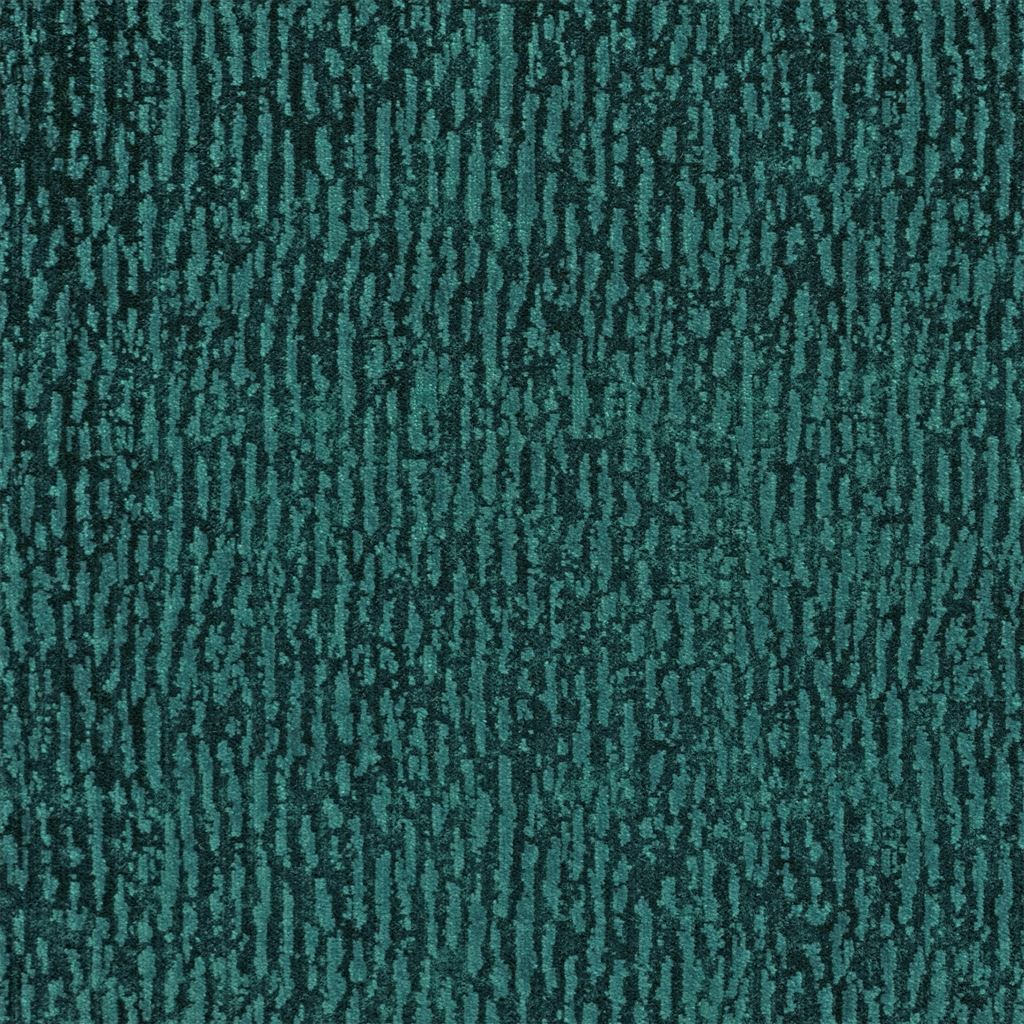 Bourlet azure is een verfijnde, fluwelen stof van Designers Guild