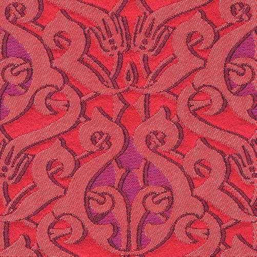 de rood paarse stof dulce met een beetje goud