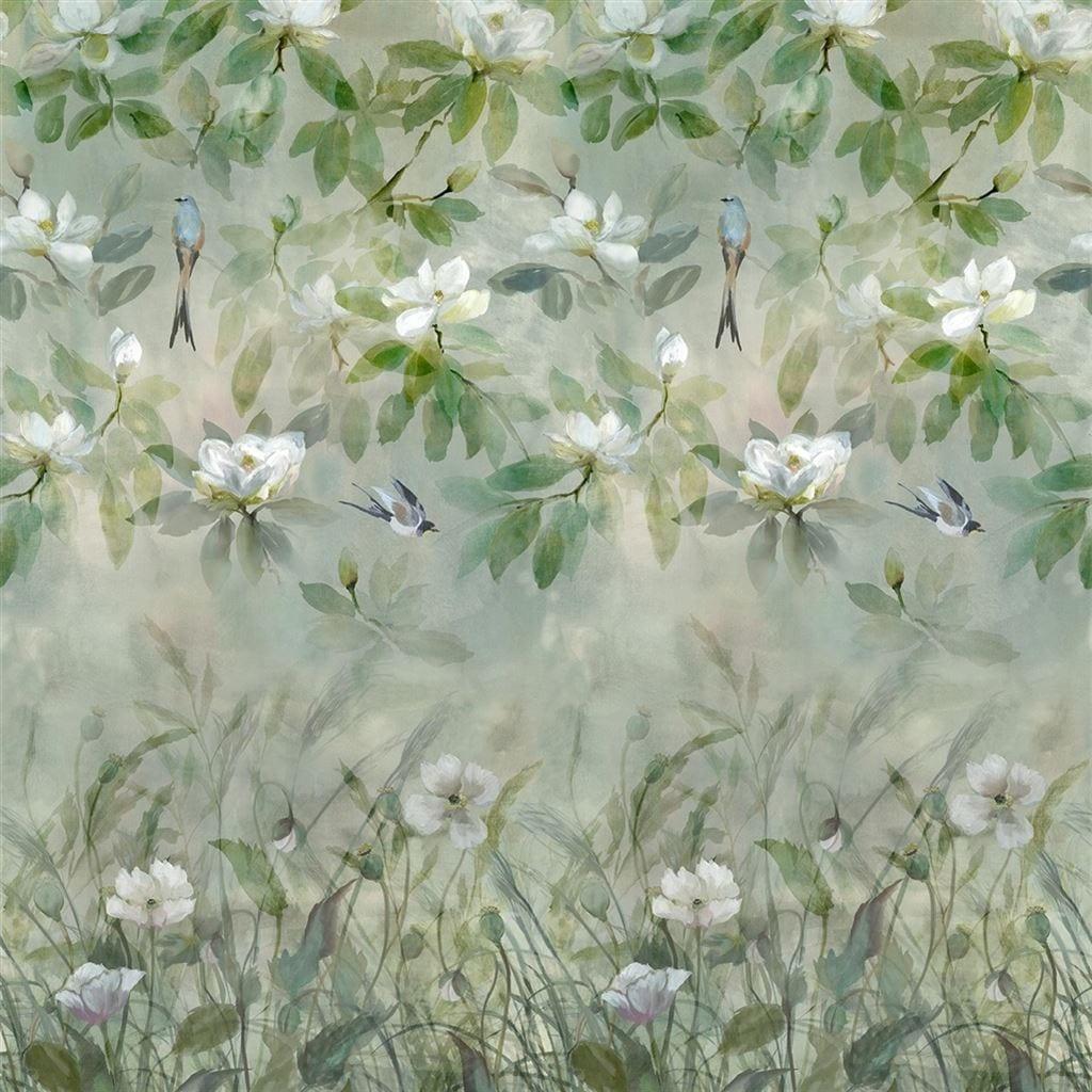 Het bloemrijke behang Kiyosumi celadon van Designers Guild
