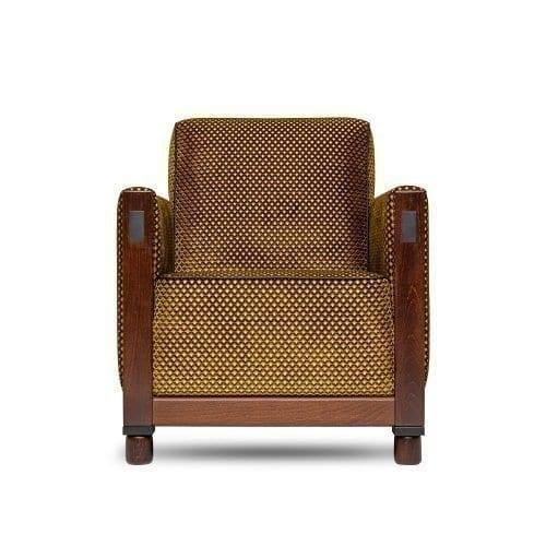 de rooker stoel in een goud gekleurde stof