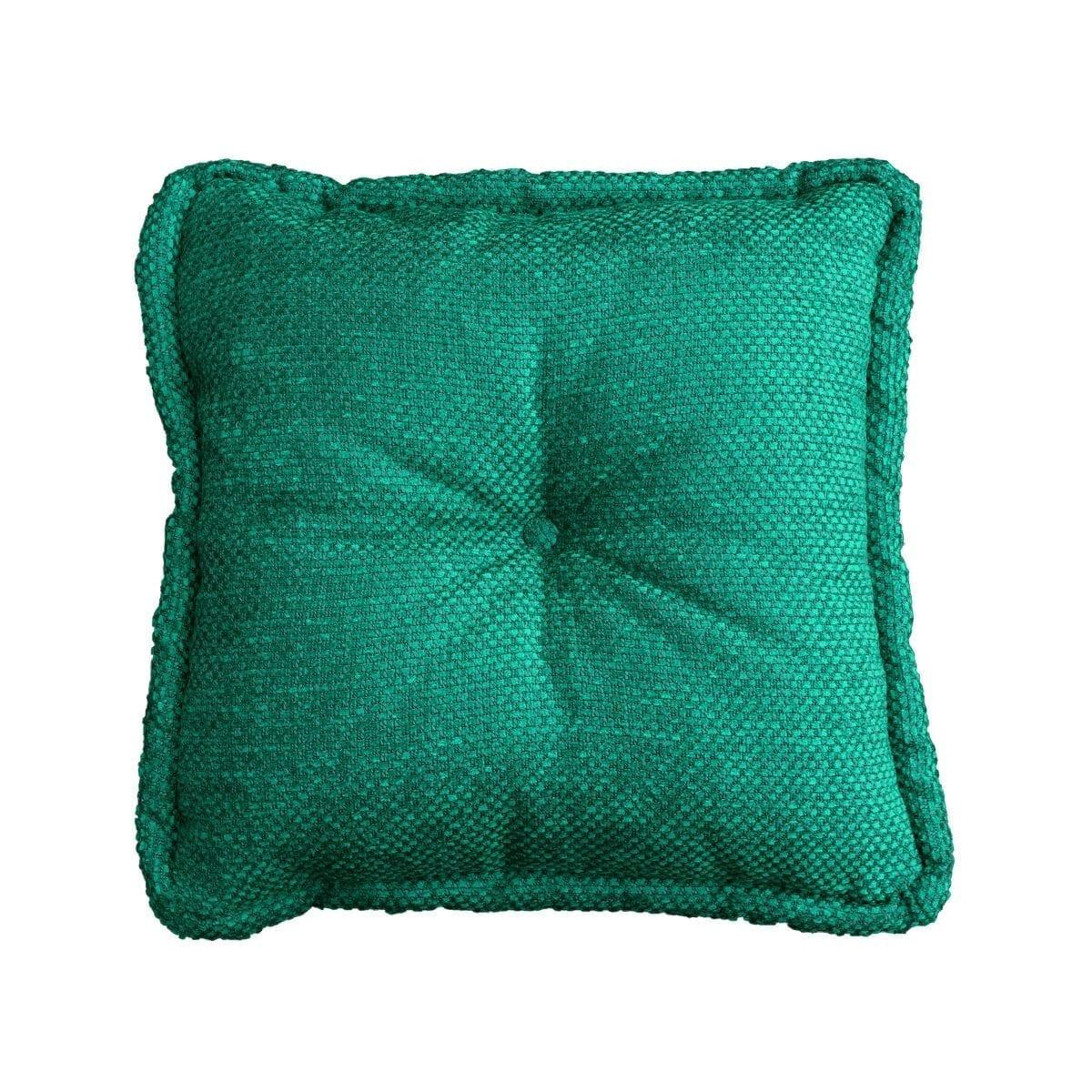 Een groot vierkant kussen met groene easy clean stof, Birkett viridian
