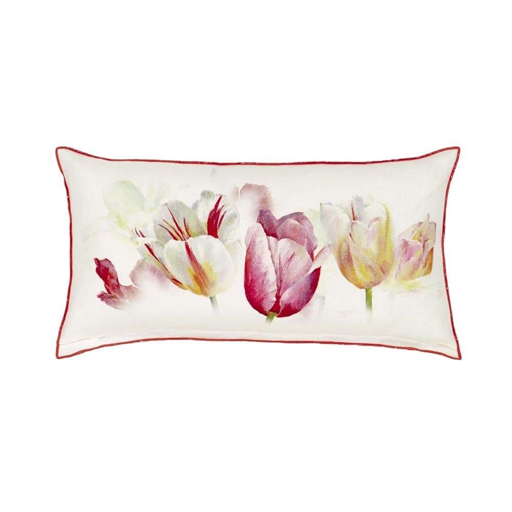 Tulip Garden Azalea is een elegant wit met roze kussentje, bedrukt met tulpen.