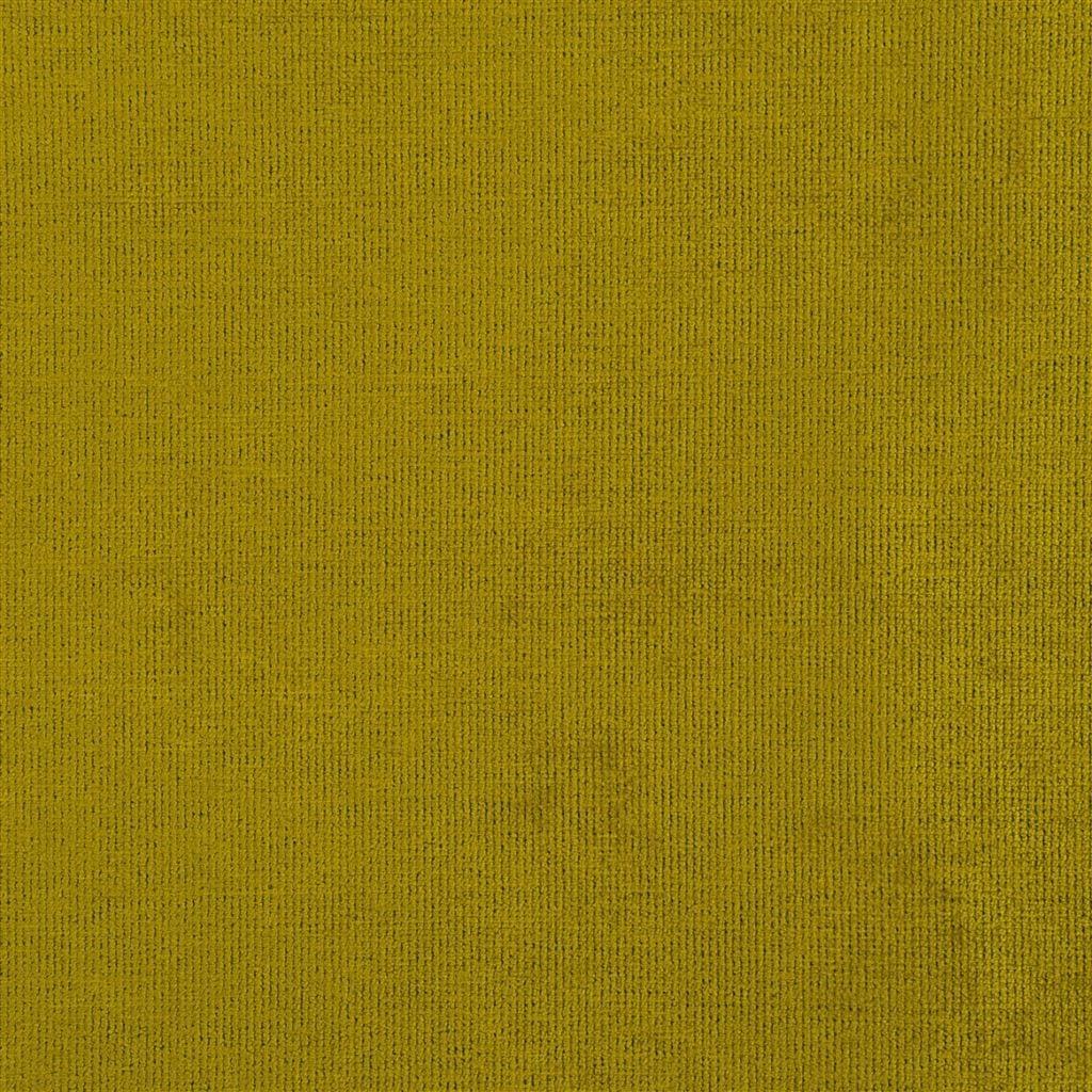 Een prachtige velvet easy clean stof van Designers Guild, Tarazona acacia