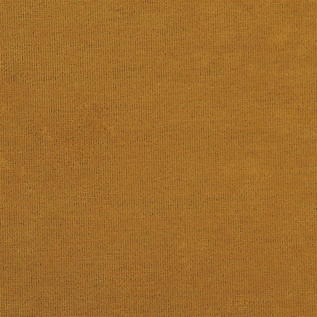 Een prachtige velvet easy clean stof van Designers Guild, Tarazona saffron